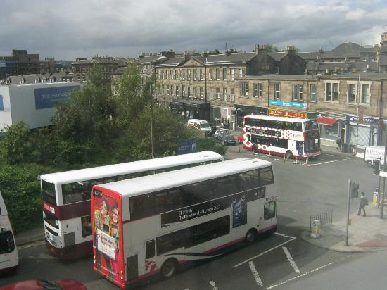 Premier Inn Edinburgh City Centre (Haymarket) Hotel: View from our window....