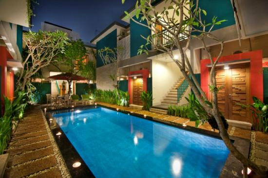 The Green Zhurga Suites : Swimming Pool
