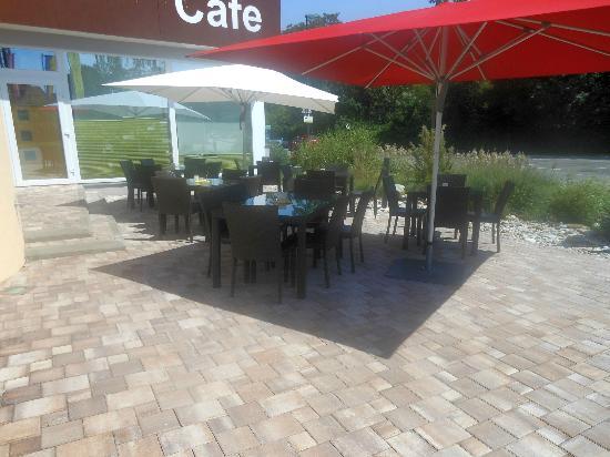 Design-Hotel-Restaurant Römerhof: Schanigarten