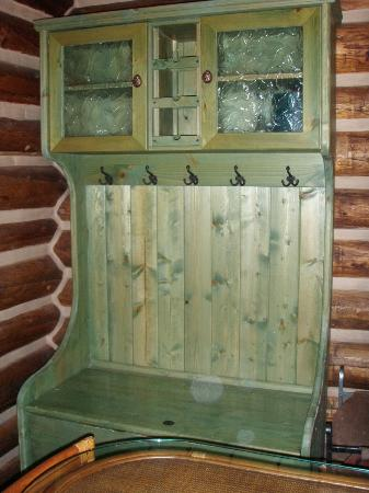 Storm Mountain Lodge & Cabins : hutch