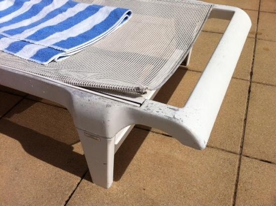 Suite & Green Golf de La Baule : mobilier de piscine .....