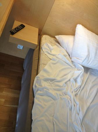 Scandic Eremitage: The bed, very hard and not pleasant to sleep on!
