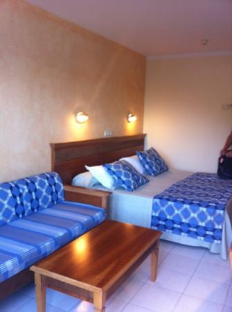 Sirenis Hotel Club Siesta: lovely room :)