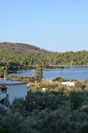 Hotel Panormos Beach Skopelos: views from second floor balcony