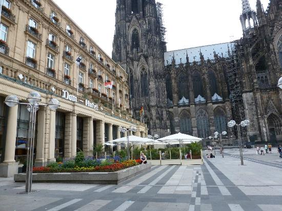 A&O Köln Dom: vista parcial