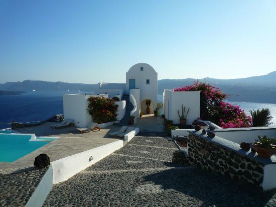 Apanemo: La piscine avec vue sur la caldeira