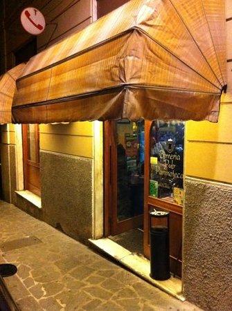 Cutty Sark Bar