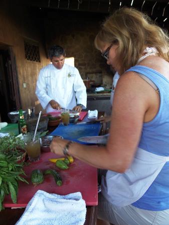 Organic Restaurant at Huerta Los Tamarindos: Marilee chopping