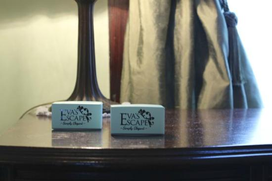 Eva's Escape at the Gardenia Inn : Private Label Organic Tea-Infused Chocolate Truffles