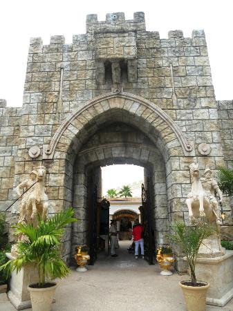 Holy Land Experience: THE ENTRANCE