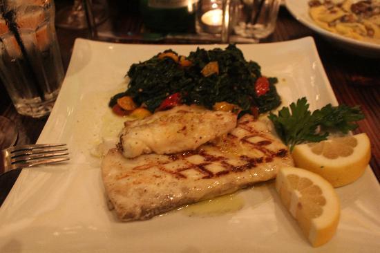 Osteria Mamma: halibu an spinash