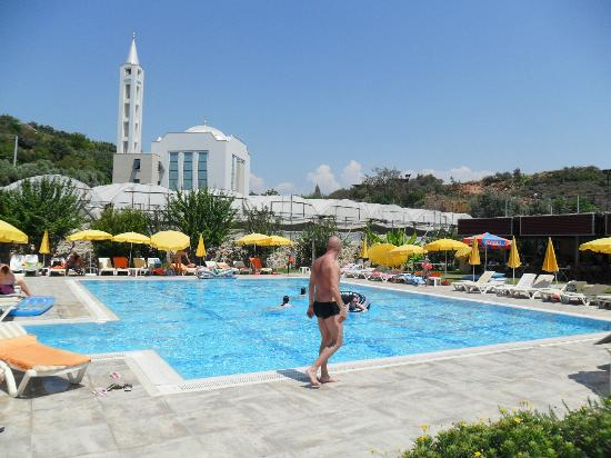Alaiye Resort & Spa Hotel: Alaiye Park Pool area, the best thing about the hotel.