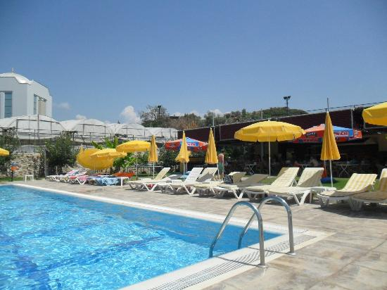 Alaiye Resort & Spa Hotel: Alaiye Park Pool - FAB!