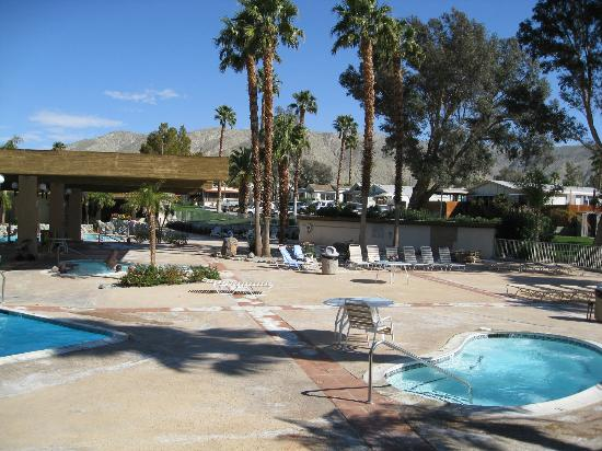 Caliente Springs Resort : hot spring pool areas