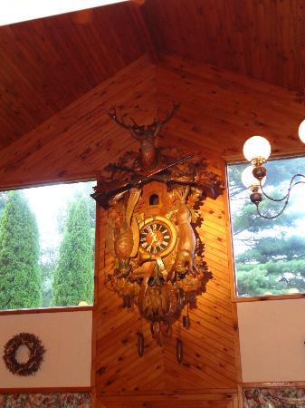 Pumpernickel's Restaurant : The Cookoo clock