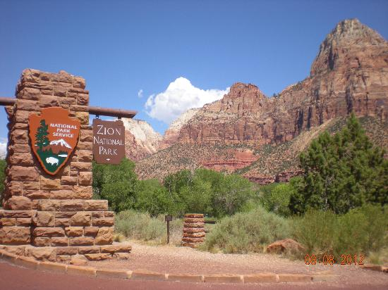 Zion S Main Canyon Entrance Of National Park