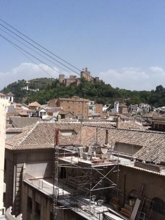 Eurostars Gran Via : вид с крыши на algambra