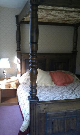 Howfield Manor Hotel: Room 3