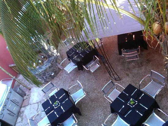 Bird's-eye view of Garden Dining Area at Limón