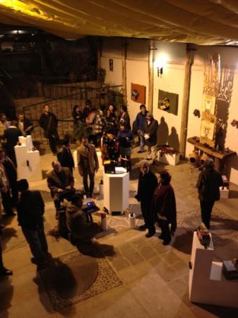 Museo de Plantas Sagradas, Magicas y Medicinales: lustrabotas latinoamericano exhibit