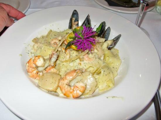 Painter's Lodge: Seafood PFasta