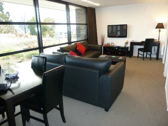 Alpine Apartments: Lounge