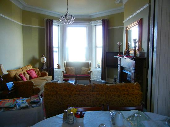 Anglers Rest B & B: Dining room with a beautiful view