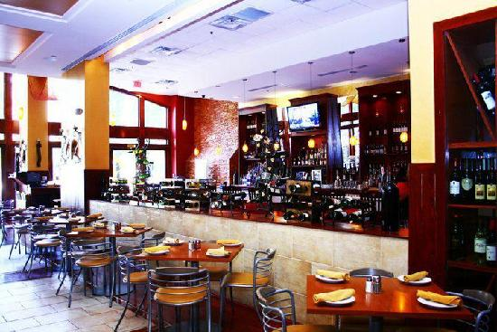 Oro Pomodoro: Dining Room
