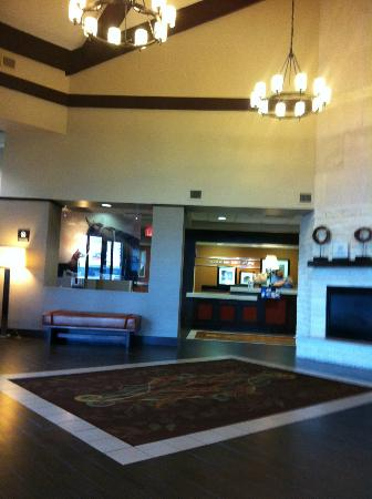 Hampton Inn and Suites North Fort Worth - Alliance Airport: a very warm welcome