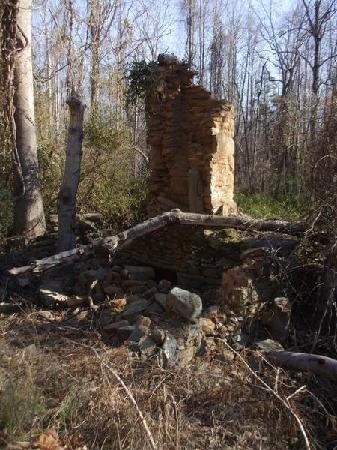 Rivanna Trails: Remnants of old building