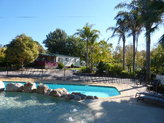 Garden of Eden Caravan Park: getlstd_property_photo