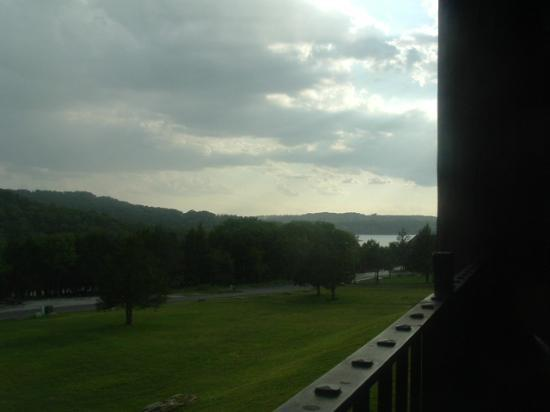 The Wilderness Club at Big Cedar: View of Table Rock Lake from the balcony.