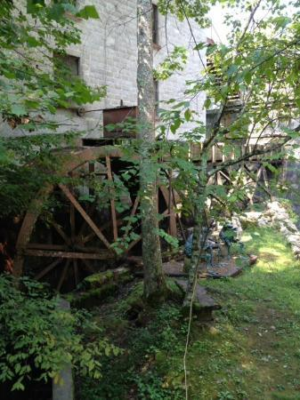 Evins Mill: Water wheel