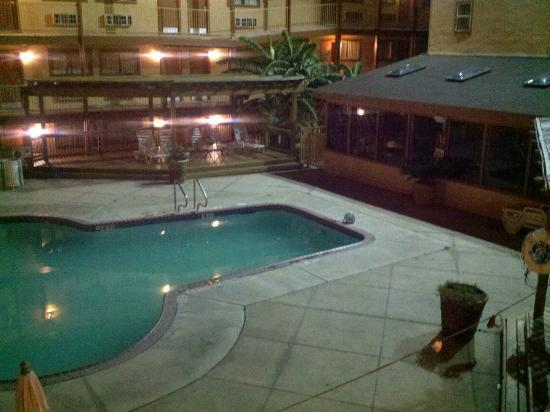 Fiesta Inn & Suites: the peice laying beside the pool is the light fixture that was there all week