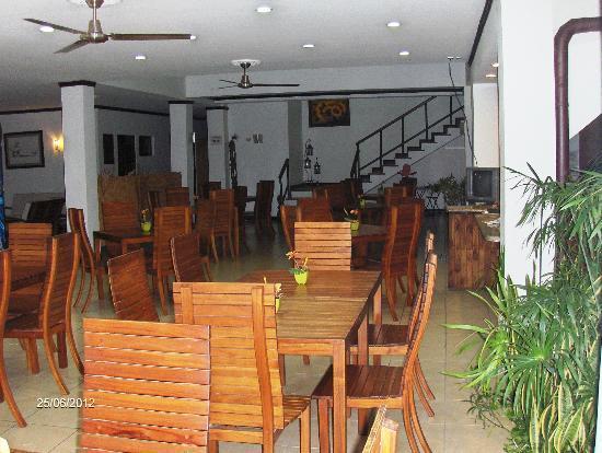 Hotel Rincon del Llano: Exelentes platillos, ambiente tranquilo, sillas muy cómodas.