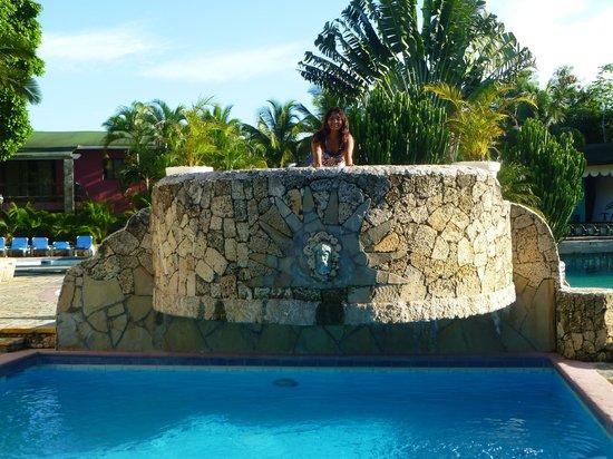 Talanquera Beach Resort: balcony over the pool