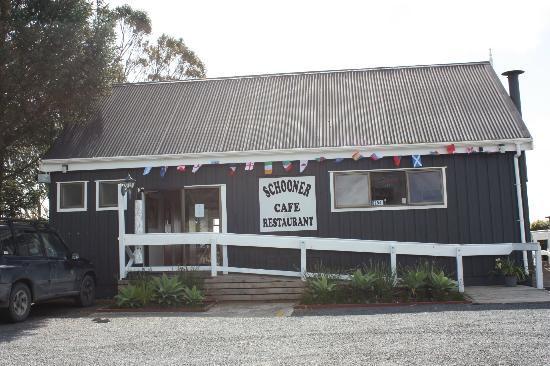Schooner Cafe