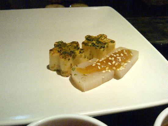 Shima Japanese Restaurant: tofu and rice cooked on teppanyaki grill
