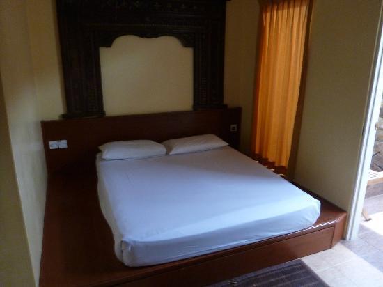 Sunset Beach Resort: Zimmer