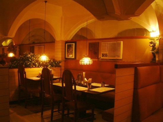 Best restaurant in tirunelveli reviews photos maruthi - Anna university swimming pool reviews ...