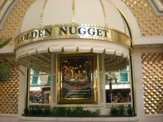 Golden Nugget Buffet : It is hotel and casino. Buffet restaurant is on second floor