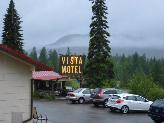Vista Motel: Outside