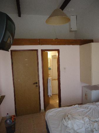 Panorama Hotel: Room