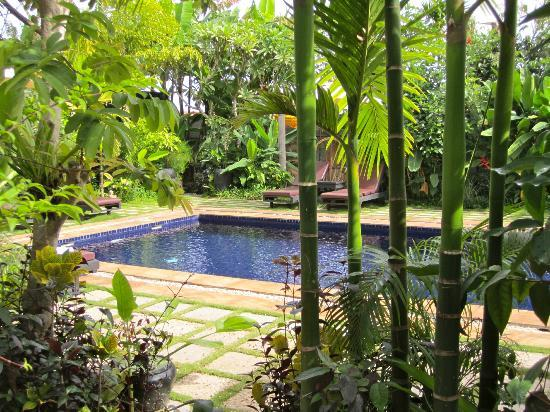 The Moon Boutique Hotel: The view of the swimming pool from our room