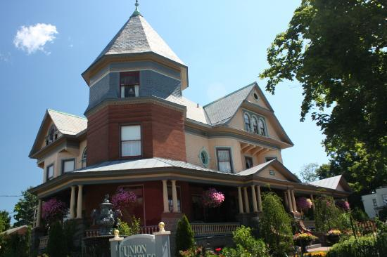 Union Gables Mansion Inn 사진