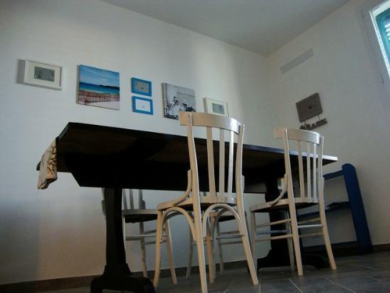 A babordo B&B: B&B a Trapani - A Babordo - il tavolo in cucina
