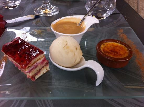 Hotel restaurant le cygne: Le café gourmand