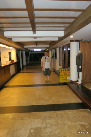 Patong Bay Garden Resort: Reception on left, Tailor and Tour desk on right (Out of shot)