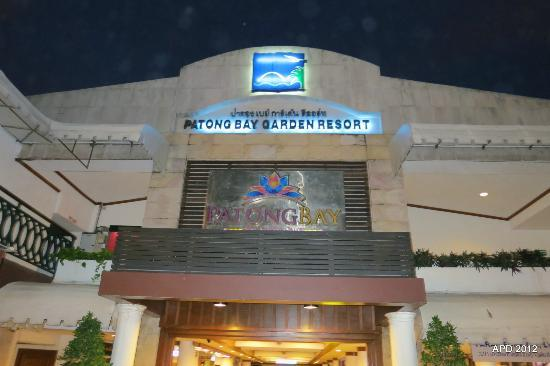 Patong Bay Garden Resort: Front Entrance
