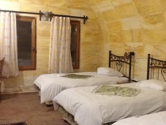 Walnut House Hotel Goreme: quarto triplo